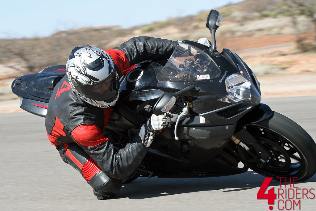 joe dragging knee inde motorsports ranch