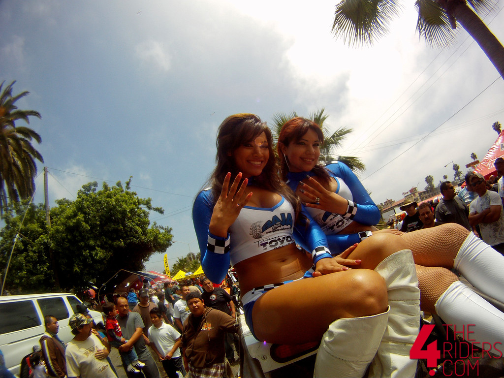 umbrella girls chicas baja 500